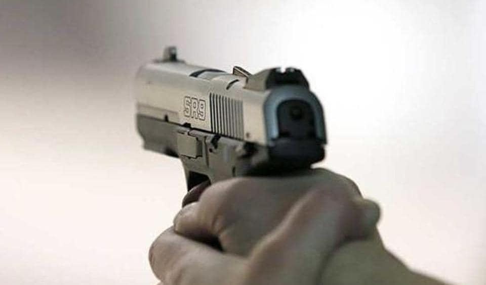 Officials from Anti-extortion Cell (AEC) of the Mumbai crime branch on Monday arrested two more suspects, including the one who supplied the firearm on behalf of gangster Ravi Pujari.