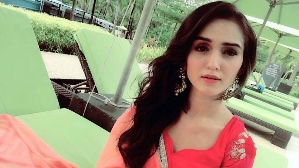 Tanya Sharma plays Meera in Saath Nibhana Saathiya.