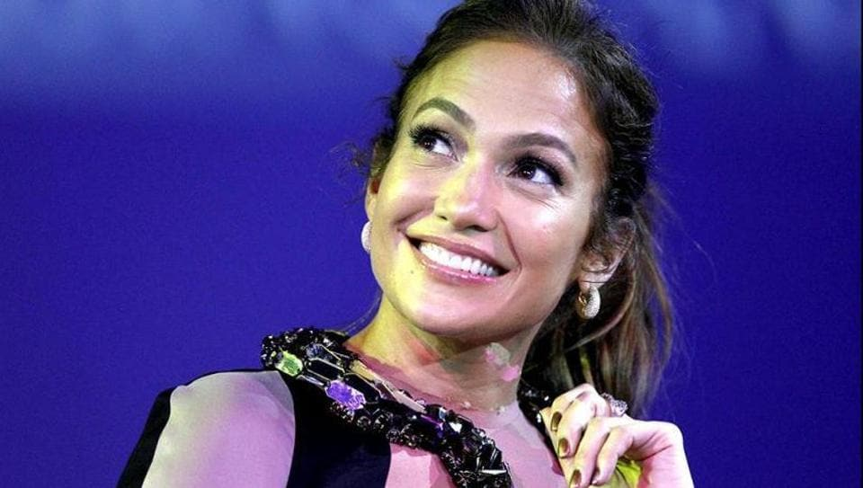 Jennifer Lopez was rumoured to date Drake recently.