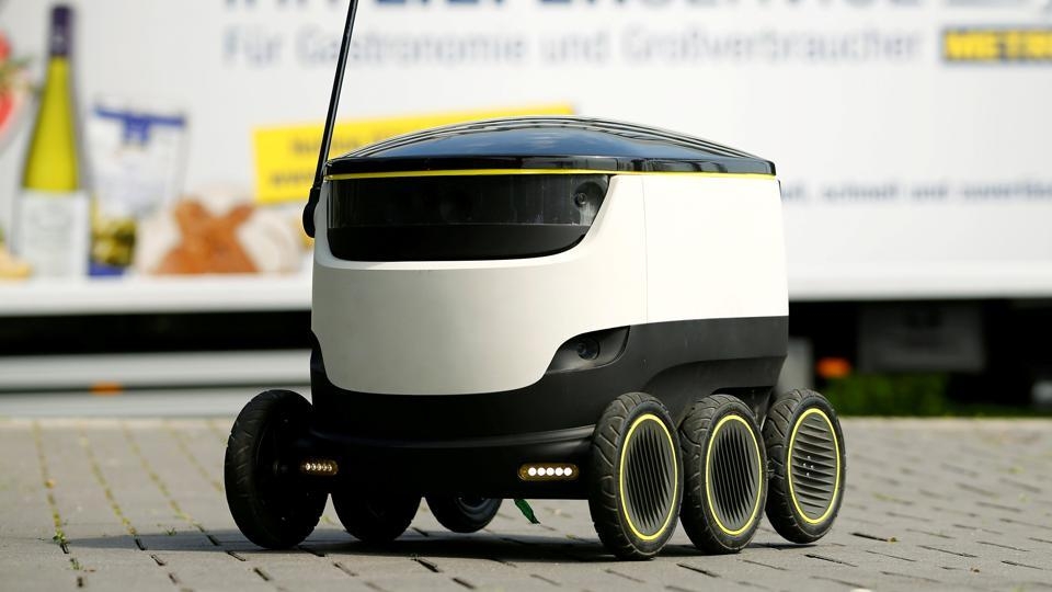 The world's first commercial delivery robot is having some issues crossing the road