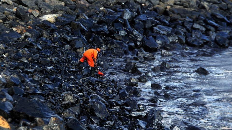 Chennai oil spill,Oil tankers,Kamarajar port