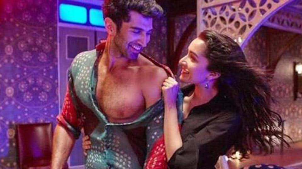 Aditya Roy Kapur and Shraddha Kapoor grooved to the song Humma Humma in OK Jaanu.