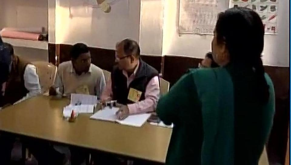 UP Elections: Over 61% voter turnout in 4th Phase