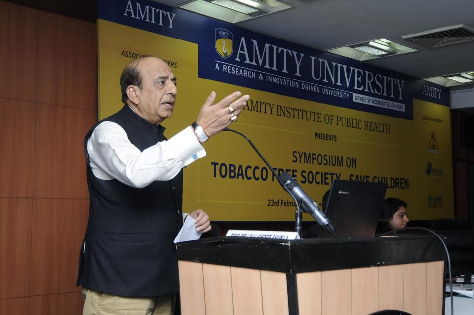 MP Dinesh Trivedi addresses students on the harms of tobacco usage at Amity University, Noida, on Thursday.