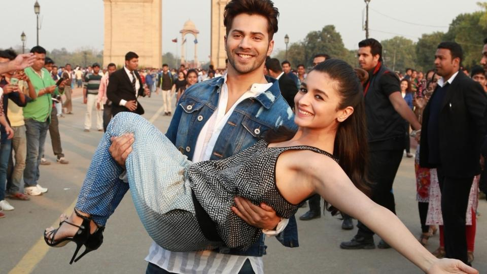 Bollywood actors Alia Bhatt and Varun Dhawan had a fun time promoting their upcoming film Badrinath Ke Dulhania at India Gate, in New Delhi on Feb 22.  (IANS)