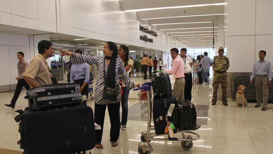 No security stamp on hand baggage tag,airport security,hand baggage