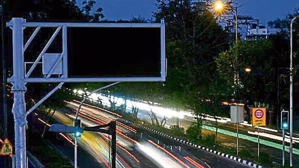 Traffic Jam Ahead Delhi Roads To Get Real Time Led