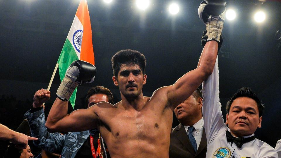 Vijender Singh (C) will not be facing Zulpikar Miamiatiali of China in his next bout.