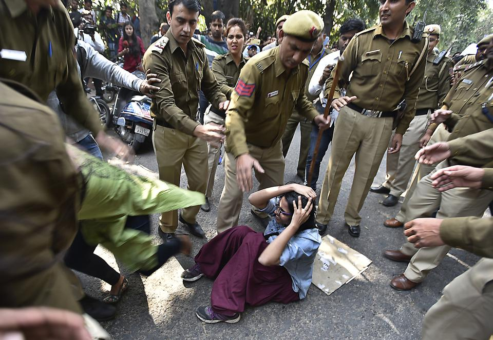 New Delhi, India - Feb. 22, 2017: Clash broke out between activists of ABVP, AISA and other students from the Delhi University in New Delhi, India, on Wednesday, February 22, 2017. (Photo by Raj K Raj/ Hindustan Times)