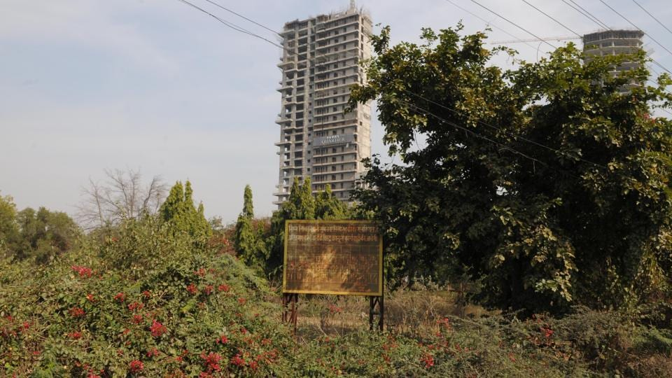 The Gurgaon-Faridabad Road, along which Gwal Pahari village is located, is an upcoming real estate destination in the Aravalli region.
