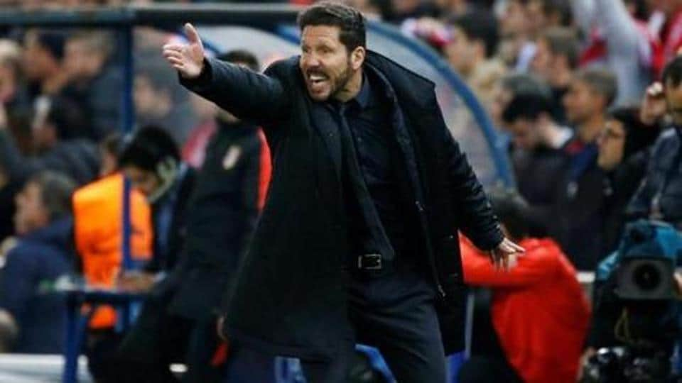 Atletico Madrid coach Diego Simeone is aiming for his first la Liga win against Barcelona.