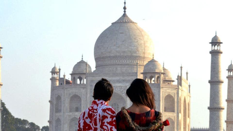 A couple near the Taj Mahal on the eve of Valentine's Day, Agra. (Representative photo)