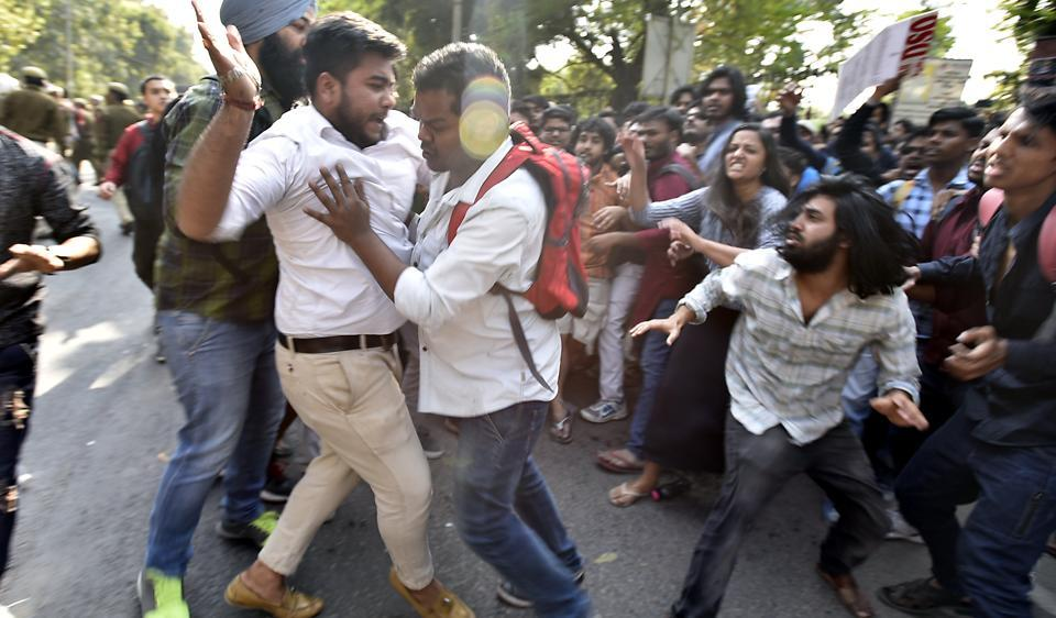 Clashes broke out between activists of ABVP, AISA and other students from the Delhi University on Wednesday.