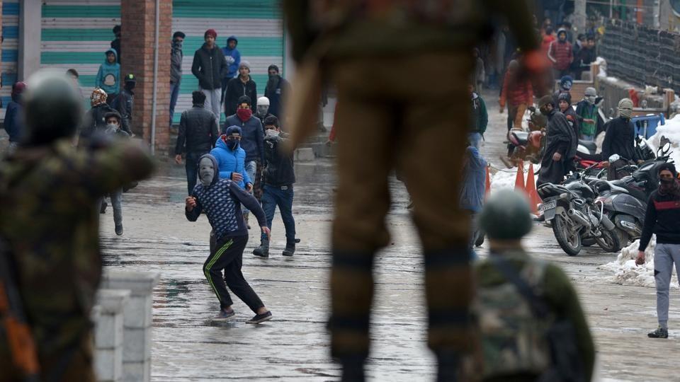 Venkaiah Naidu slams Chidambaram over Kashmir comments