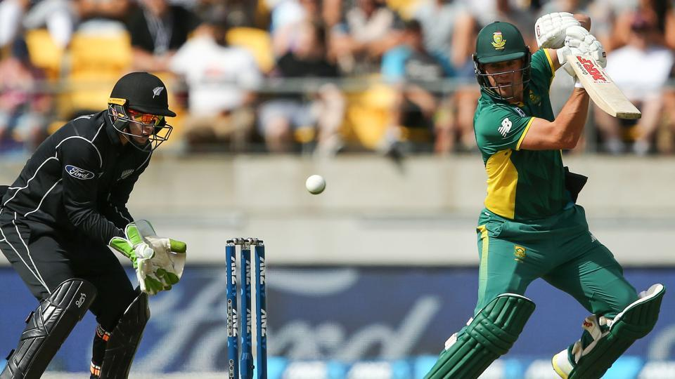 AB de Villiers broke Sourav Ganguly's record as he became the fastest player to reach 9000 ODIruns, taking just 205 innings to achieve the feat.