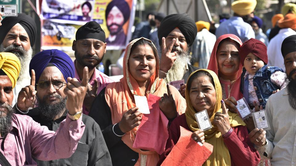 The polling for the Delhi Sikh Gurdwara Management Committee (DSGMC) on Sunday witnessed a turnout of 45.7%. Of the 3.8-lakh registered voters in 46 wards, only 1.75 lakh cast their vote this time.