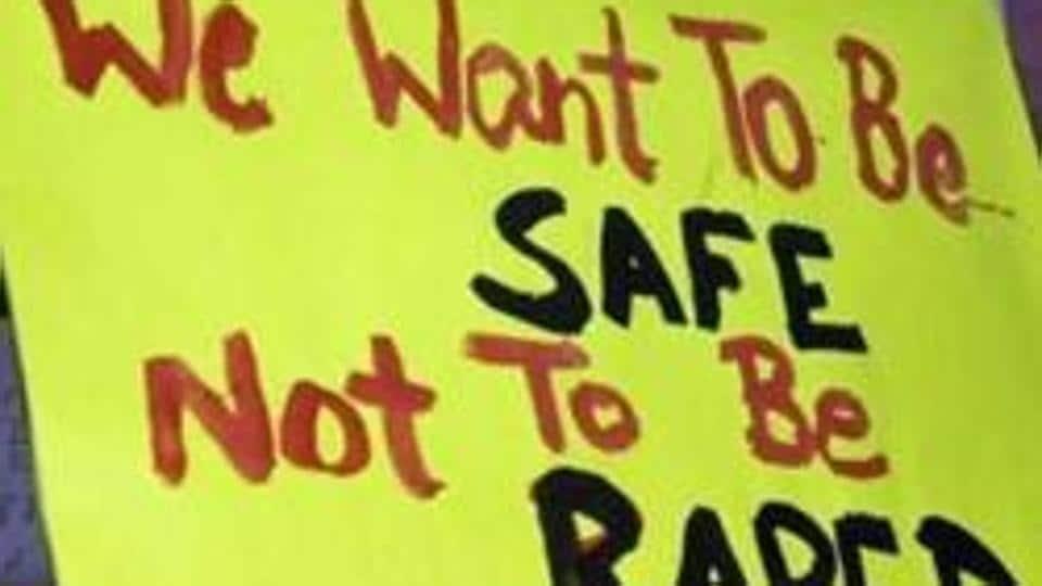 Rape cases,Kerala,Kerala actor molestation