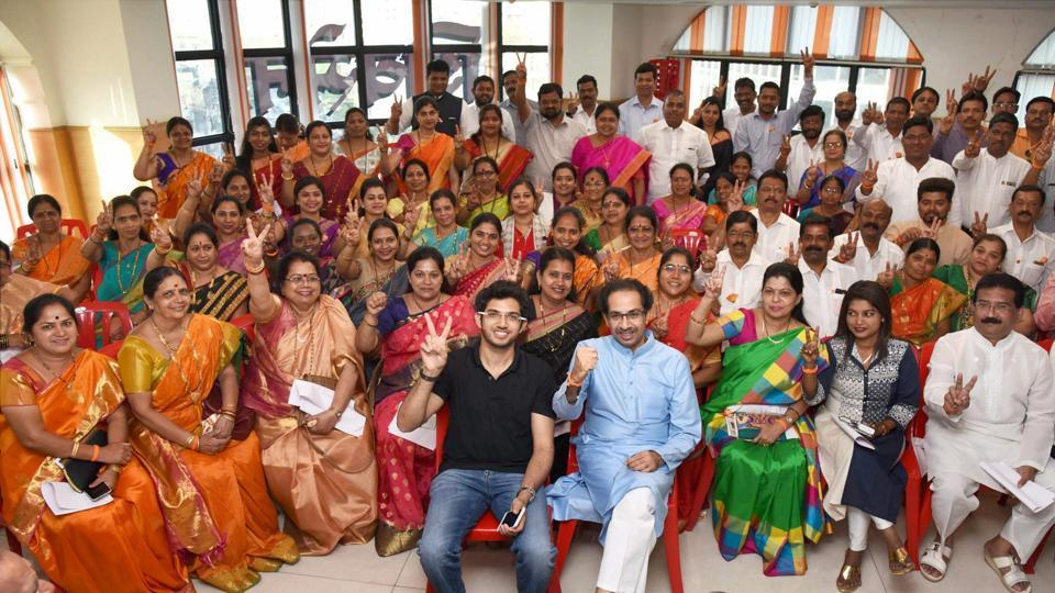The 84 newly elected Shiv Sena corporators with party president Uddhav Thackeray and his son and Yuva Sena chief Aaditya Thackeray at Shiv Sena Bhavan in Dadar on Saturday.
