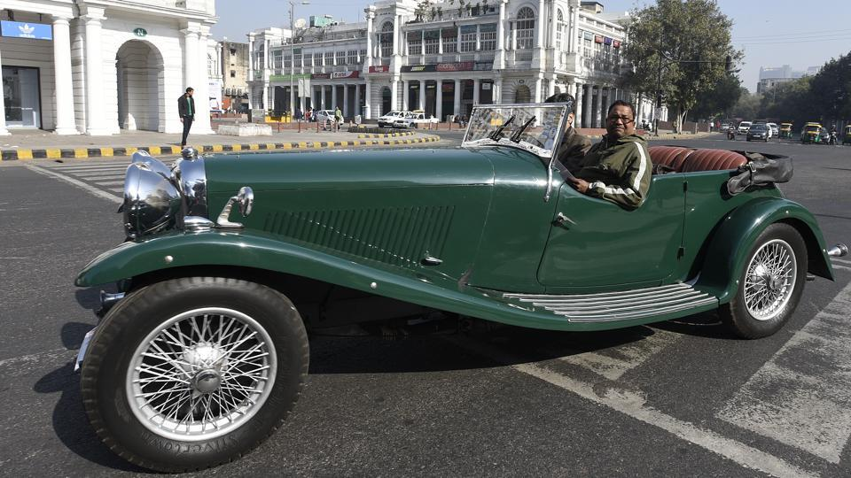 The National Green Tribunal last week gave a nod to the rally, making these vintage cars an exception to its order banning vehicles older than 15 years from plying on Delhi roads.  (Sonu Mehta/HT PHOTO)