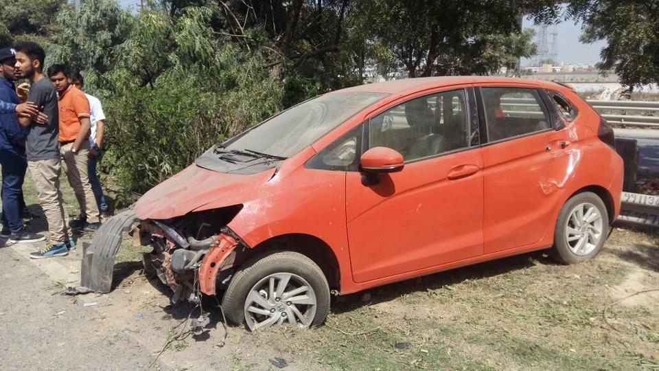 The Sharda University student lost control of the vehicle near Sector 150 of the expressway, while navigating a curve.
