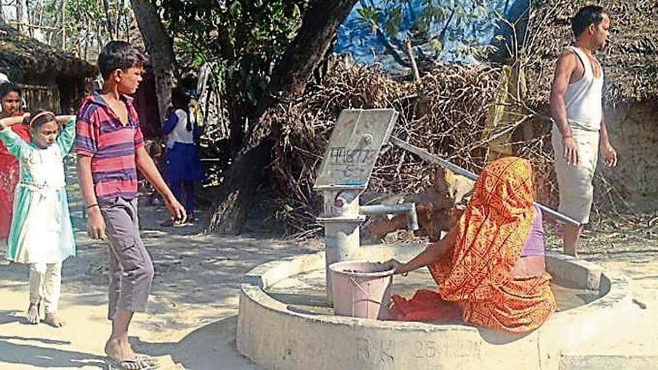 The state is supposed to provide at least one hand pump in each village. Though this is just not adequate, even those villages that got the hand pumps say they are mostly defunct