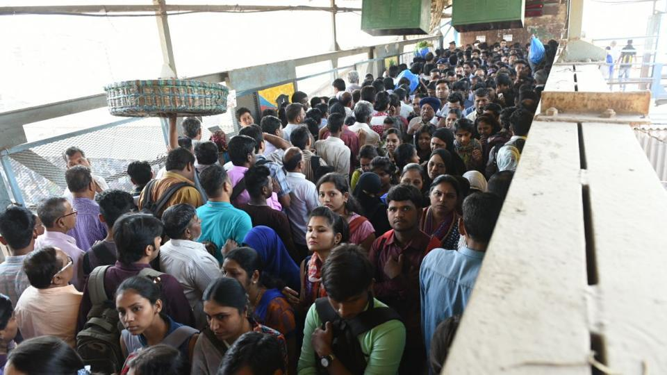 A huge crowd of commuters were stuck at the over bridge leading to platform 7 and 8 at Kurla station.