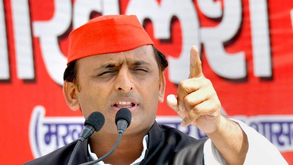Akhilesh Yadav,Uttar Pradesh elections,Potholes