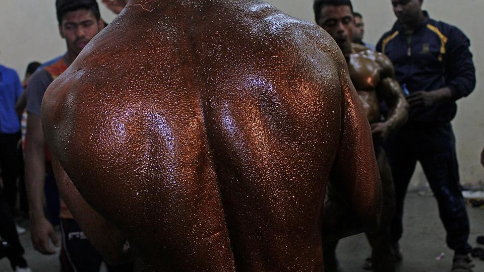 What's in skin colour? A lot for these fitness freaks who paint their bodies for the event. (Satyabrata Tripathy/Ht photos)