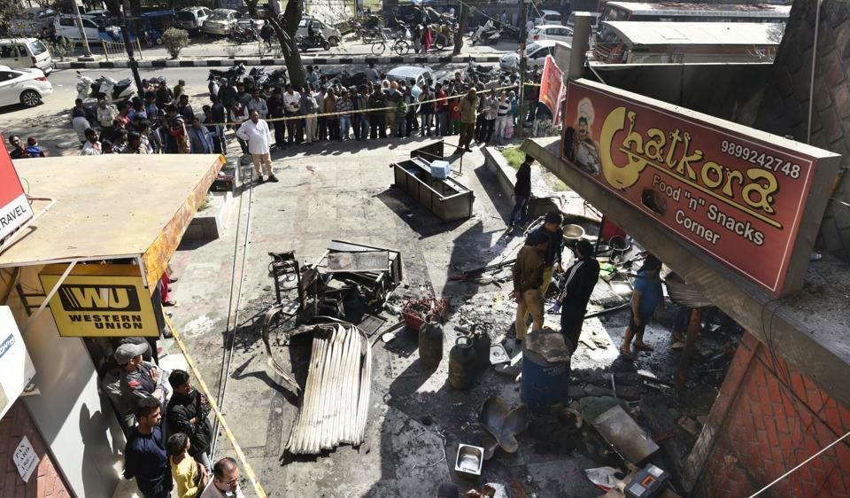 Vikaspuri blast,Vikaspuri fire,Delhi firemen killed