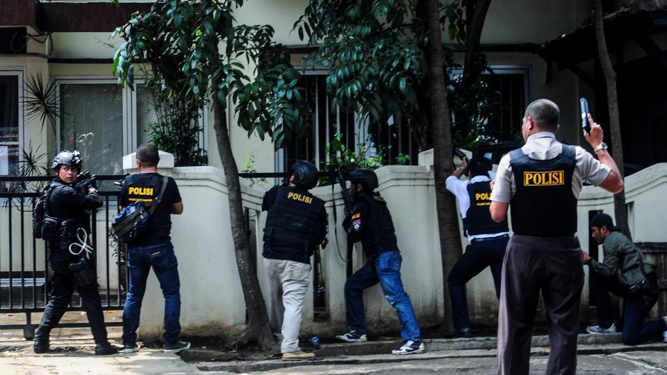 Police are seen near a local government office following an explosion in Bandung, West Java, Indonesia February 27, 2017.