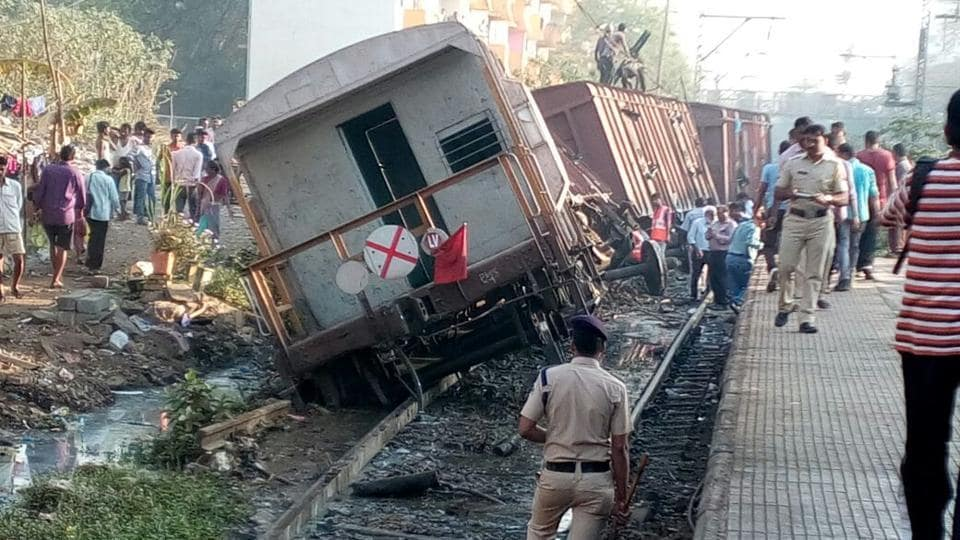 No one was injured. However, the incident threw harbour line services out of gear. Officials are yet to ascertain the cause of the incident. Efforts to move the derailed coaches from the track are ongoing. (Vijayanand Gupta/ HT Photo)