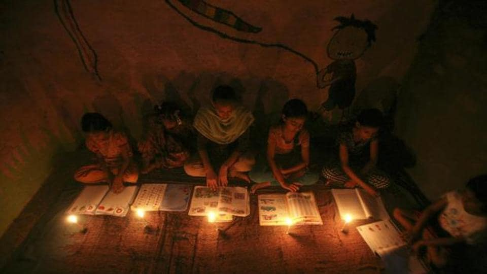 Sonbhadra district residents, who bank on kerosene lamps for light, say politicians don't keep their word.