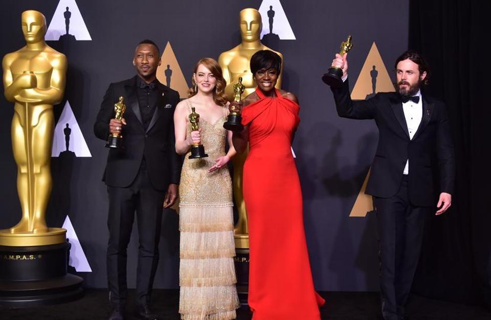 (From left) Mahershala Ali, Emma Stone, Viola Davis and Casey Affleck at the 89th Academy Awards.
