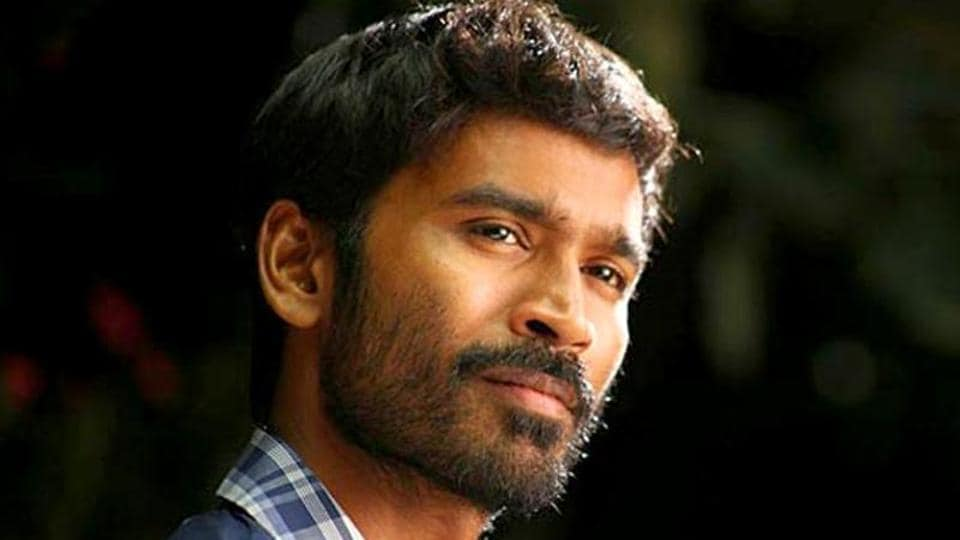 Dhanush had a tough time getting into the high court campus because of the crowd which had gathered to get a glimpse of the star.