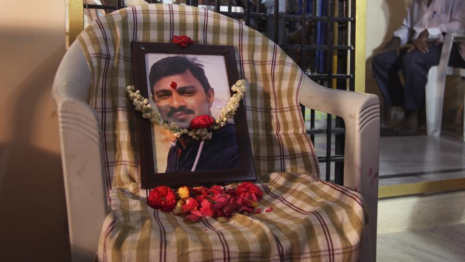 Srinivas Kuchibhotla,Kuchibhotla's funeral,Indian engineer killed in Kansas