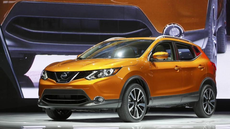 The 2017 Nissan Rogue Sport on display.