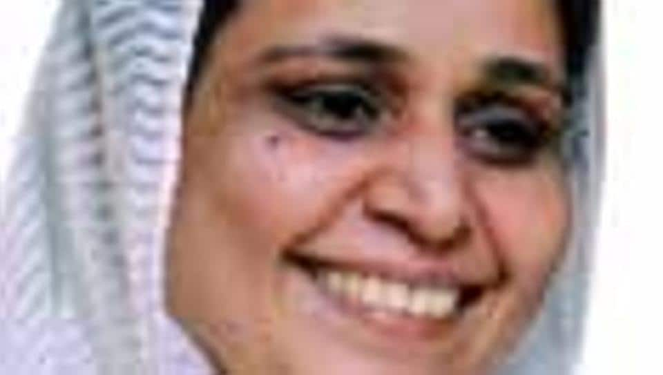 Dr Saeeda  Khan