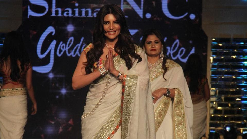Actor Shama Sikander in an off-white sari designed by Shaina NC.  (Pramod Thakur/HT Photo)