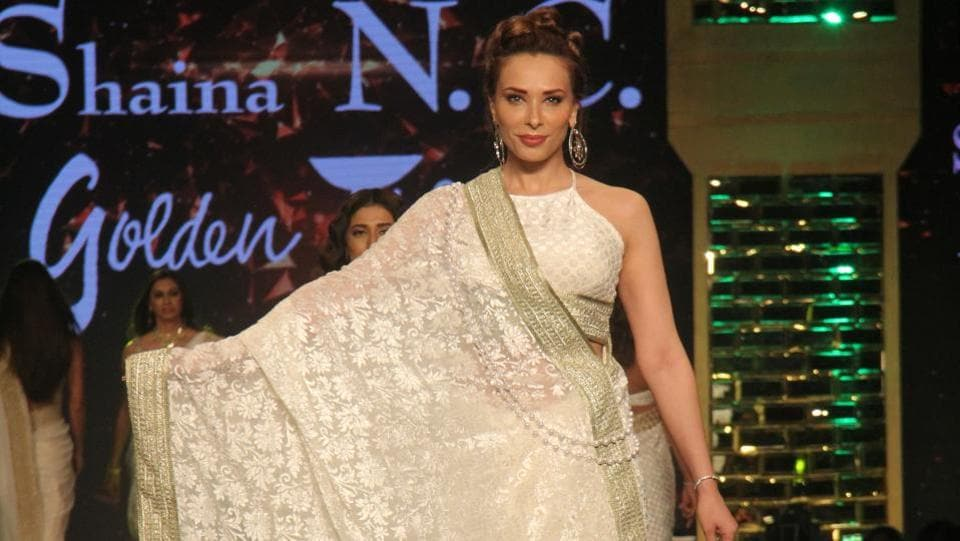 Romanian model Iulia Vantur, Salman Khan's alleged girlfriend, was also present. She walked the ramp for fashion designer Shaina NC. (Pramod Thakur/HT Photo)