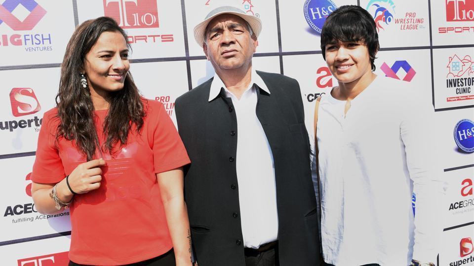 Wrestling coach Mahavir Singh Phogat and daughters Geeta, Babita have reacted on Gurmehar Kaur-controversy.
