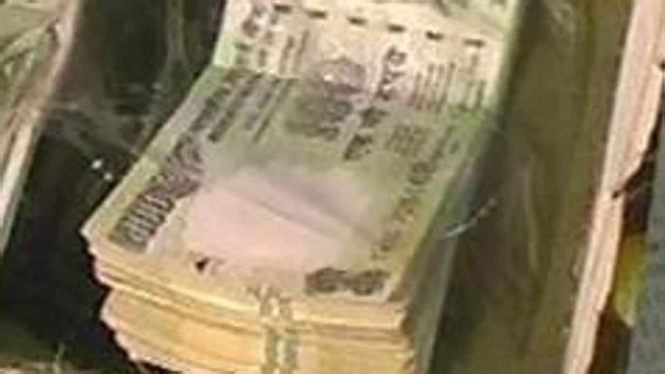 Police said the restaurant owner realised that the currency was fake and asked the trio to make the payment using some other mode of transaction.