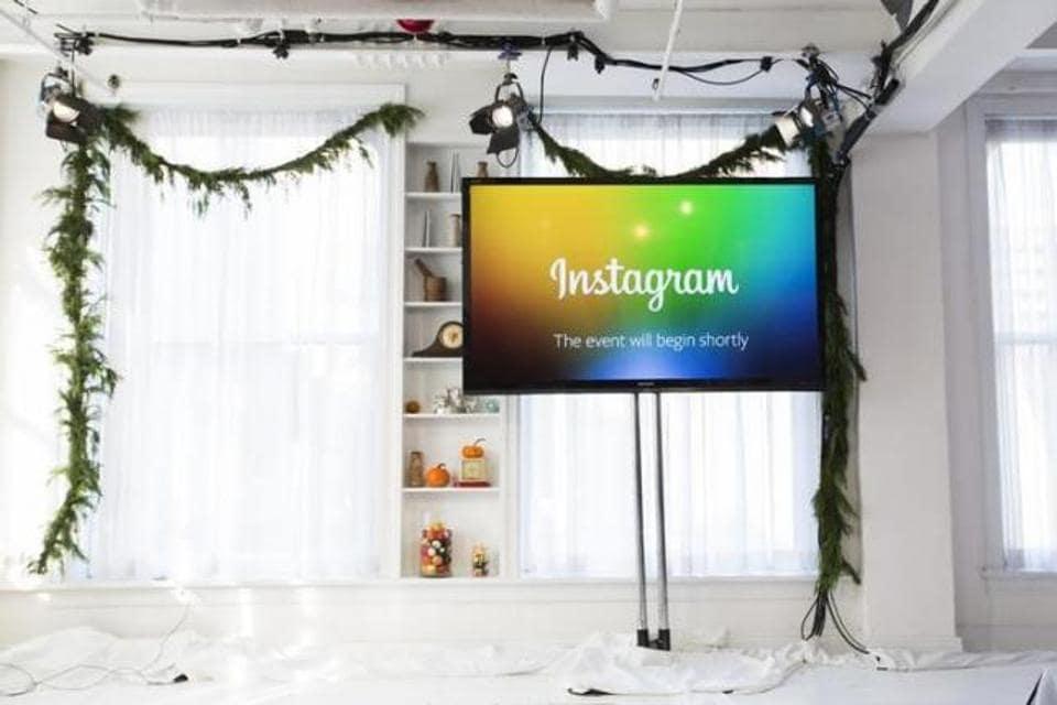 Instagram,full screen advertisements,Facebook
