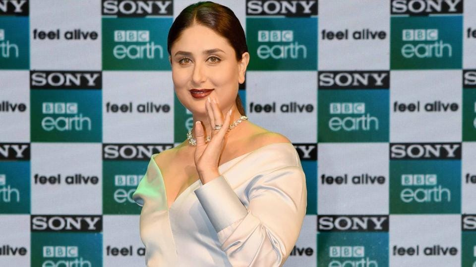 Kareena feels it's fine to start working two months after her delivery and look glamorous.