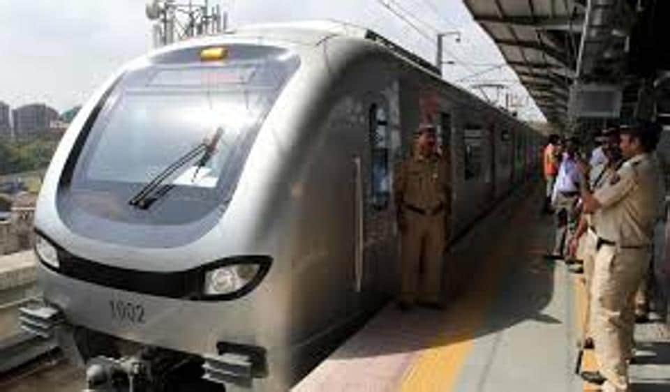 Currently, the Versova-Andheri-Ghatkopar corridor (Metro-1) is the only line that connects the eastern and western suburbs.