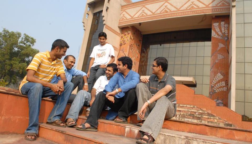 IIM Calcutta,IIM Calcutta placements,PGDM