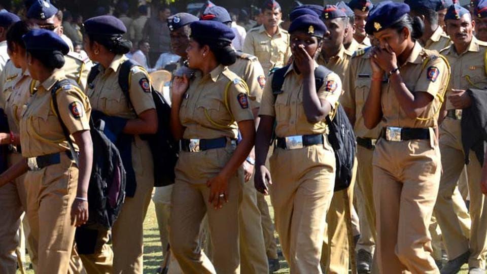 UP polls,Burqa-clad voters,Women police