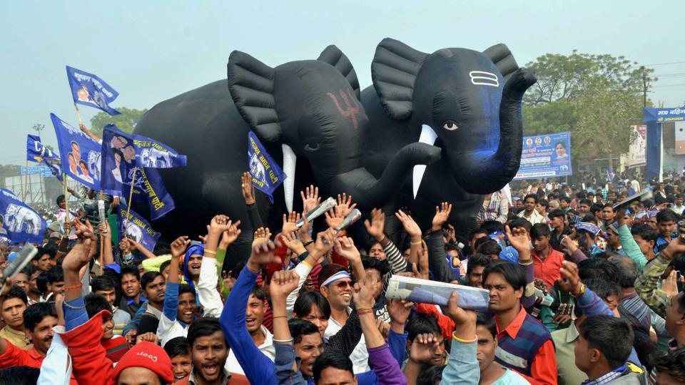 Supporters cheering at BSP chief Mayawati's election rally in Agra recently.