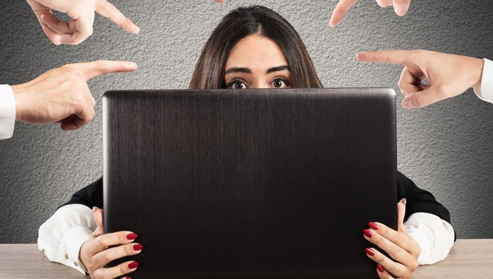 Online abuse,Trolling,Maneka Gandhi