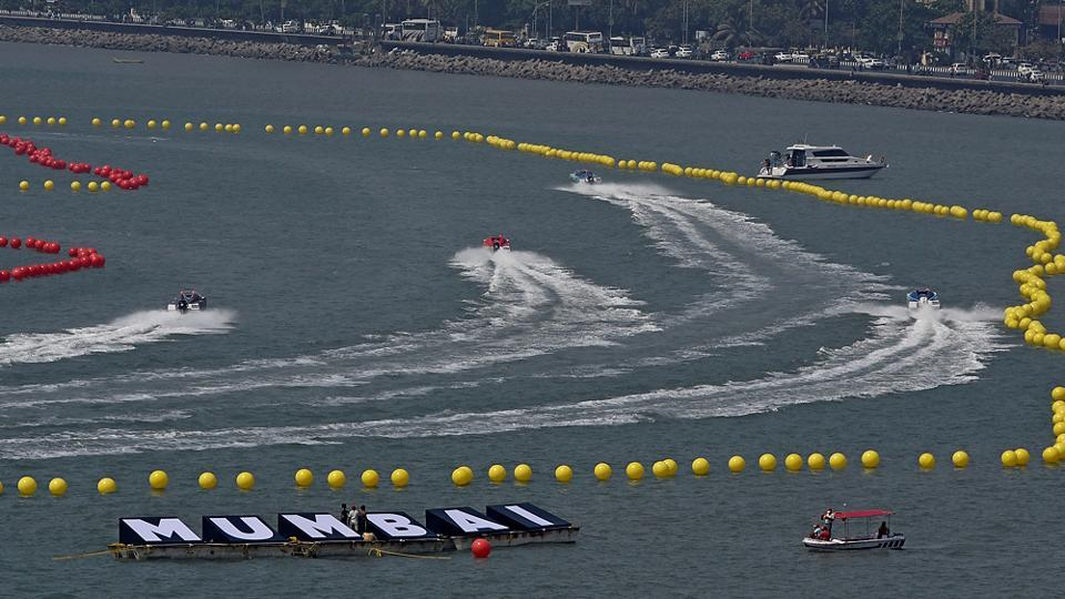 Magnificent powerboats cut through the water near Marine Drive on Friday during a practice run. The NEXA P1 Powerboat Indian Grand Prix of the seas is being held in Mumbai between March 3 and March 5. (Vijayanand Gupta/HT Photo)