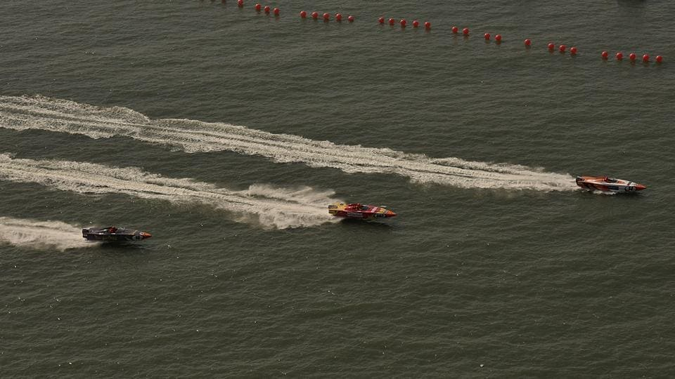 Panther boats race off the Mumbai coast. The race exists in certain pockets of the world, but its format in Mumbai aims at giving the sport a structured shape. (Arijit Sen/HT Photo)